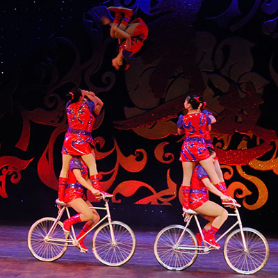 Cirque Mei: Elite Circus Artists And Acrobats From China