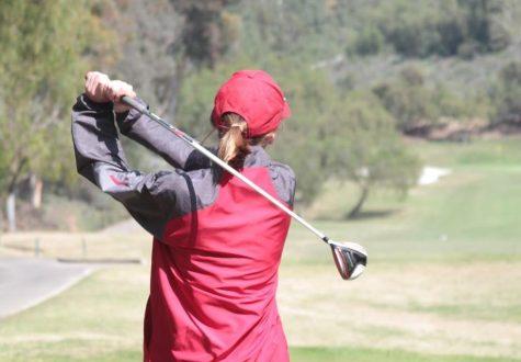 Boys' Golf swings into League