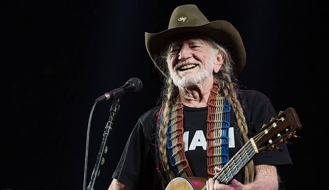 willie nelson austin new year acl live