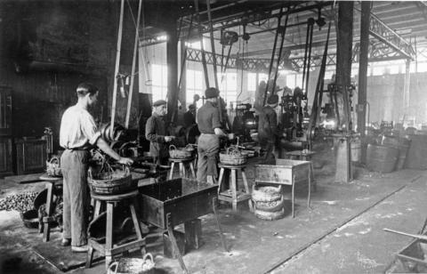 Imagen de una fábrica de principios del siglo XX.