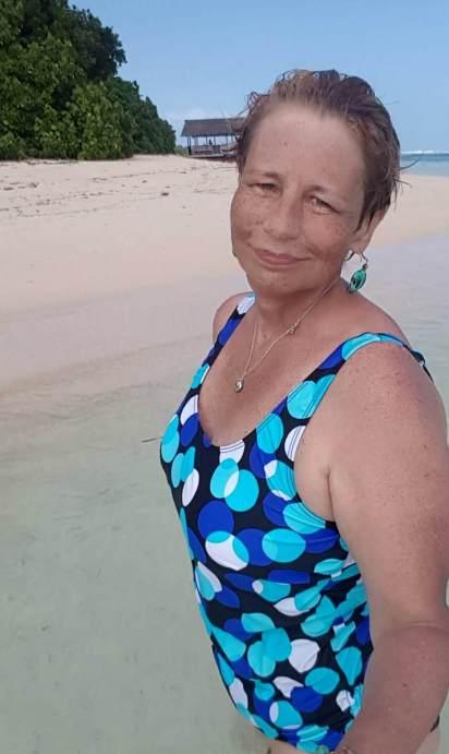 Tankini laura kent plage de la digue seychelles