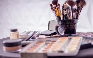 maquillage pour les nulles Tribulations d'une quinqua