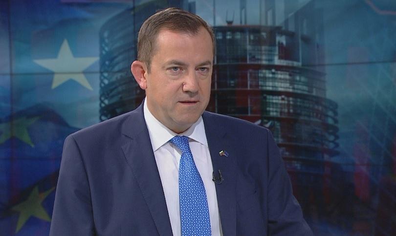 Златев: важно е Македонија и Албанија да добијат датум за старт на преговорите со еу