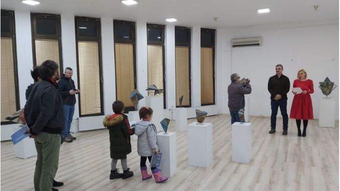 Изложба на скулптурот Слободан Милошески Во Гевгелија