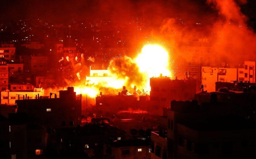 Escaladare a tensiunii în Fâşia Gaza. Palestinienii au lansat peste 400 de rachete, israelienii au ripostat