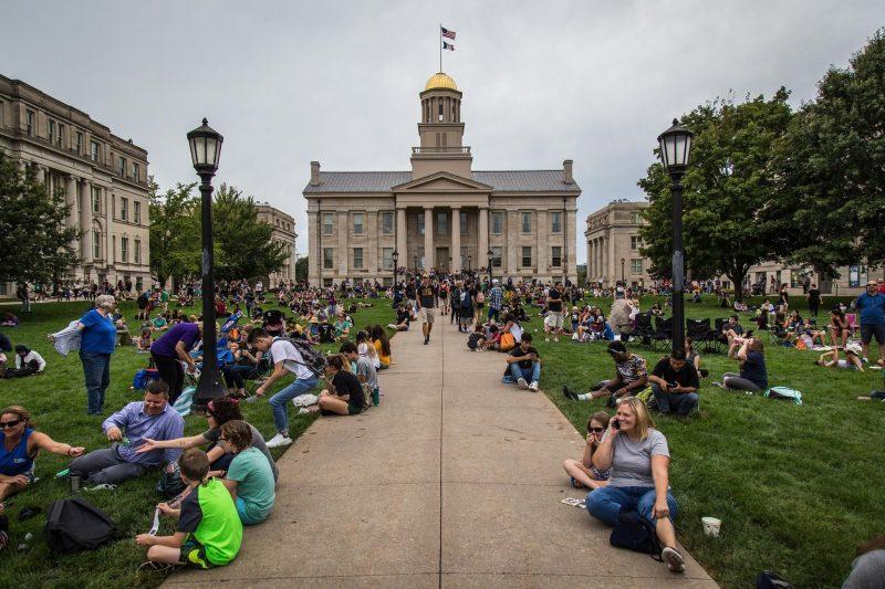Decizie federală: Universitatea din Iowa a discriminat ilegal grupurile studențești creștine