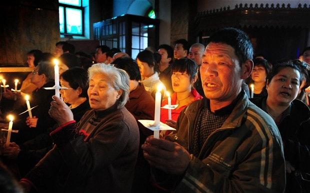 """China: Recompensă de mii de dolari celor care raportează creștinii și bisericile """"ilegale"""" guvernului"""