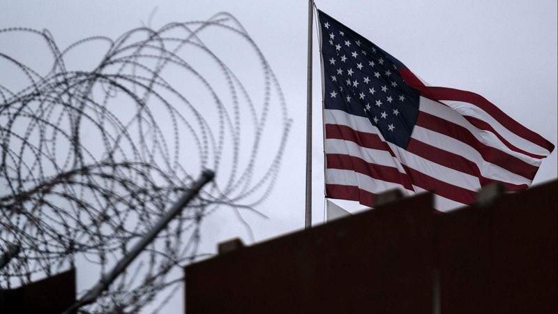 SUA vor începe să expulzeze milioane de imigranţi ilegali, anunţă Trump