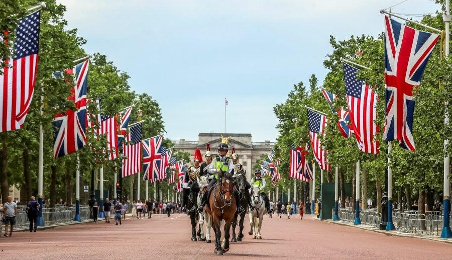 Trump îşi va începe vizita de stat în Marea Britanie cu un dejun cu regina Elisabeta a II-a