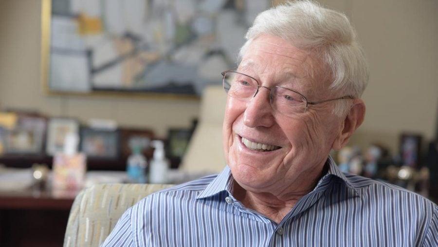Co-fondatorul Home Depot, Bernie Marcus, își donează averea pentru caritate și susține realegerea lui Donald Trump