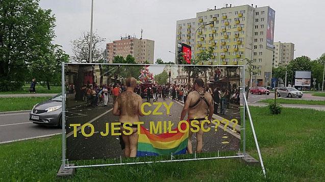 """Zeci de entități teritoriale poloneze s-au declarat """"libere de ideologia LGBT"""""""