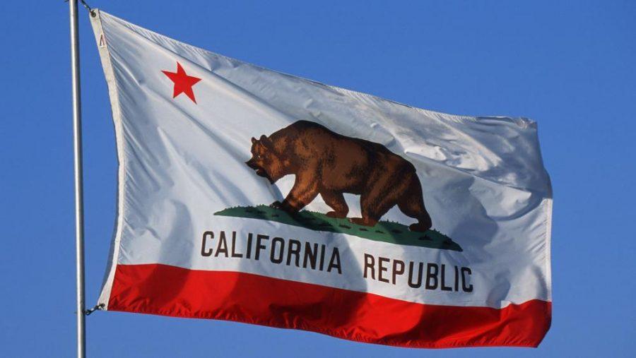 Senatul din California adoptă o rezoluție care obligă pastorii să adopte principiile lgbtq