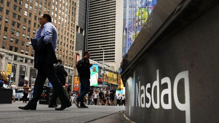 Economie: Indicele Nasdaq atinge pragul istoric de 9.000
