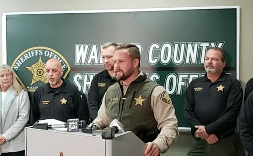 Alabama: Șeriful respinge cererile organizațiilor anti-religioase de a înceta menționarea rugăciunii