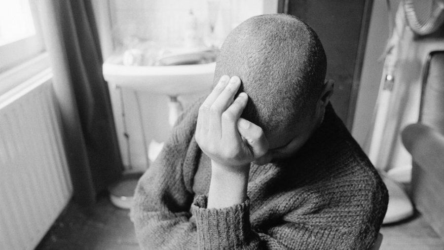 De ce există atât de mulți tineri nefericiți?