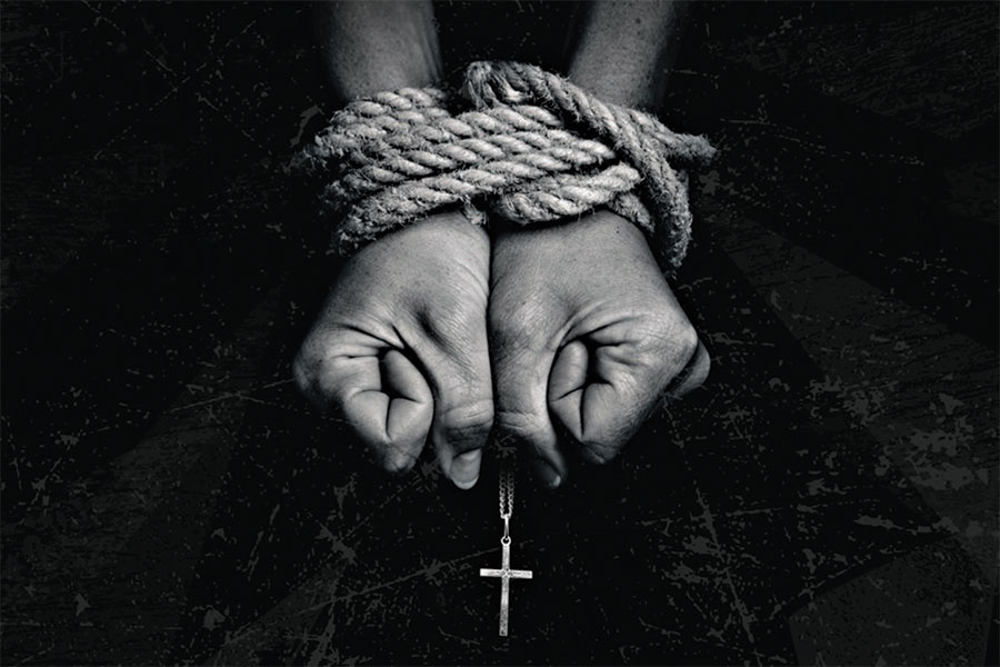 Violența împotriva femeilor creștine, o calamitate globală
