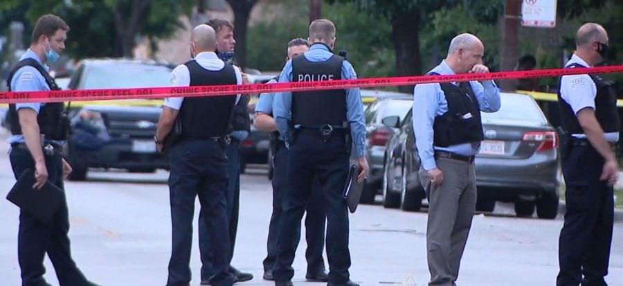 Realitatea brutală: 104 victime împușcate, 14 ucise week-endul trecut în Chicago