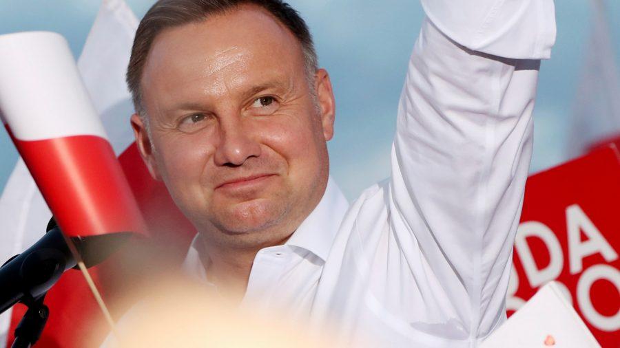 Alegeri în Polonia: Conservatorul Andrzej Duda câştigă un nou mandat de preşedinte