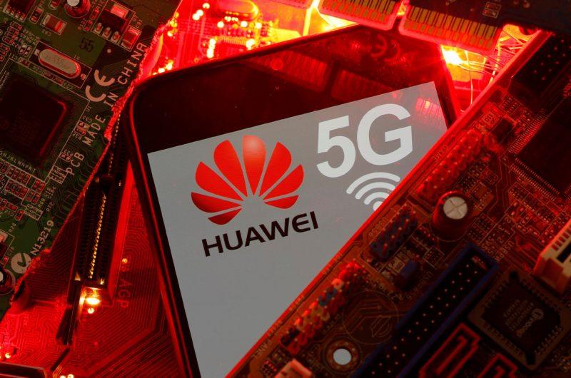 SUA anunță sancțiuni împotriva Huawei, invocând abuzuri ale drepturilor omului
