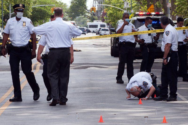 New York: Împușcăturile au explodat cu 205% după desființarea unității speciale de poliție