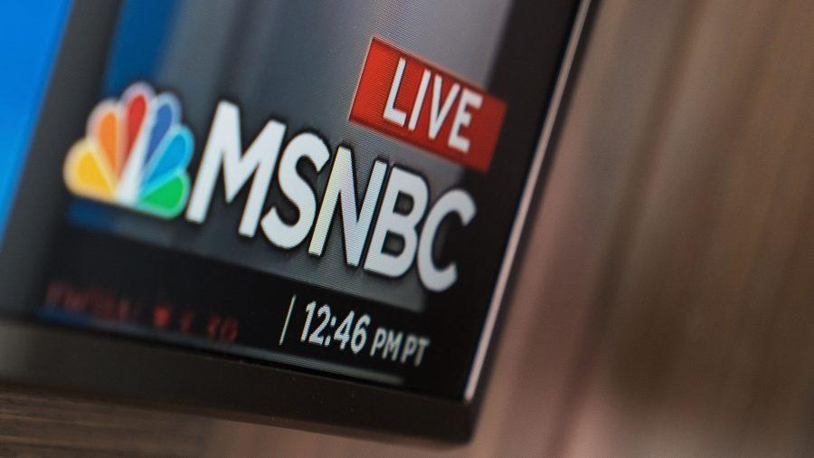 """Producător MSNBC demisionează: Rețeaua de știri e """"un cancer"""" care alimentează """"divizarea rasială"""""""