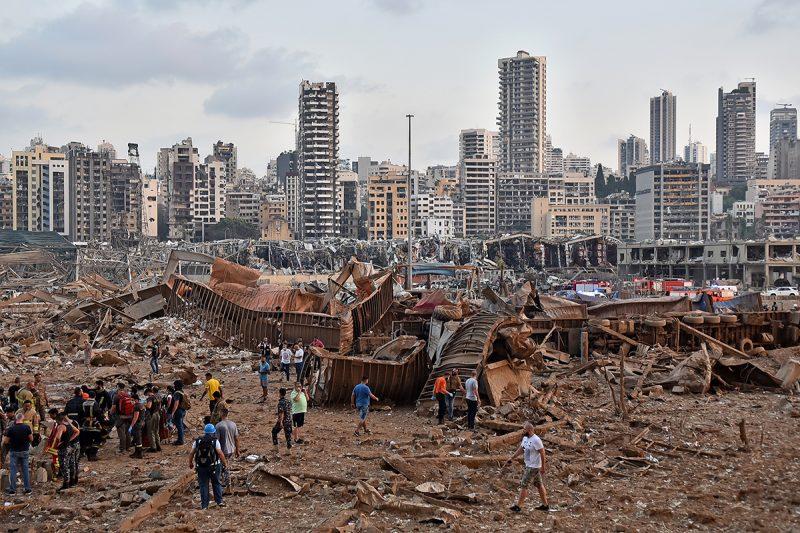 Explozii la Beirut: Cel puţin 50 de morţi şi 2.500 de răniţi, potrivit unor estimări preliminare
