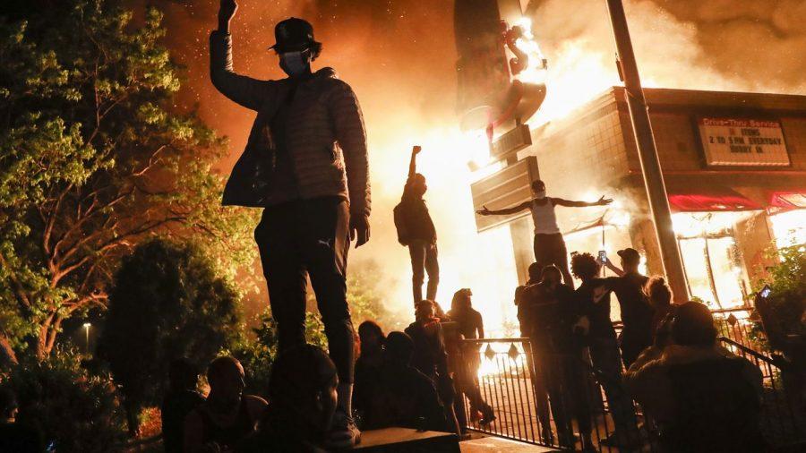 Cubanezii din Louisville denunță tacticile mafiote ale Black Lives Matter
