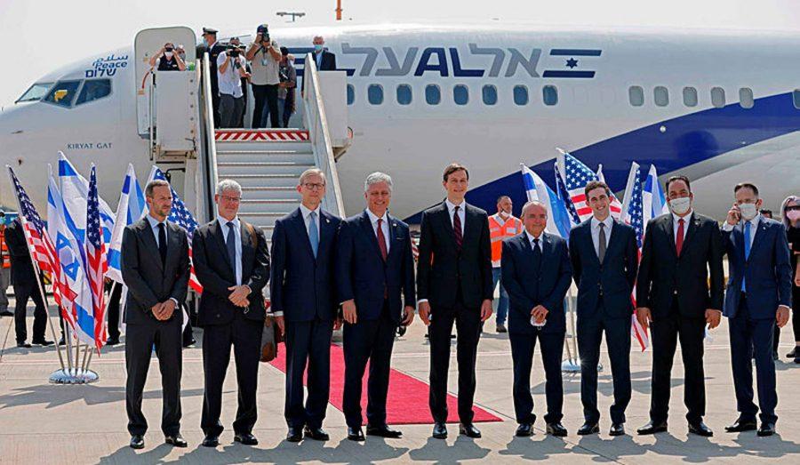 Primul zbor comercial direct între Israel şi EAU