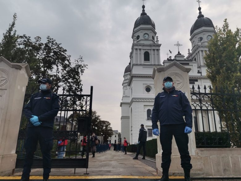 Opinie: Pelerinajul din Iași și încălcarea drepturilor noastre constituționale