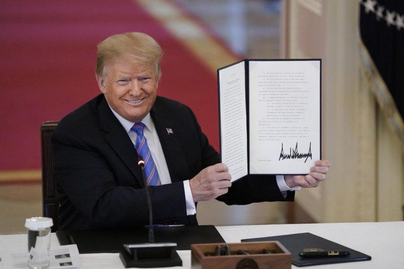 Trump înființează Comisia 1776 pentru a promova educația și celebra fondarea Americii