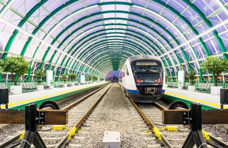 București: Aeroportul Henri Coandă – Gara de Nord cu trenul în 20 de minute