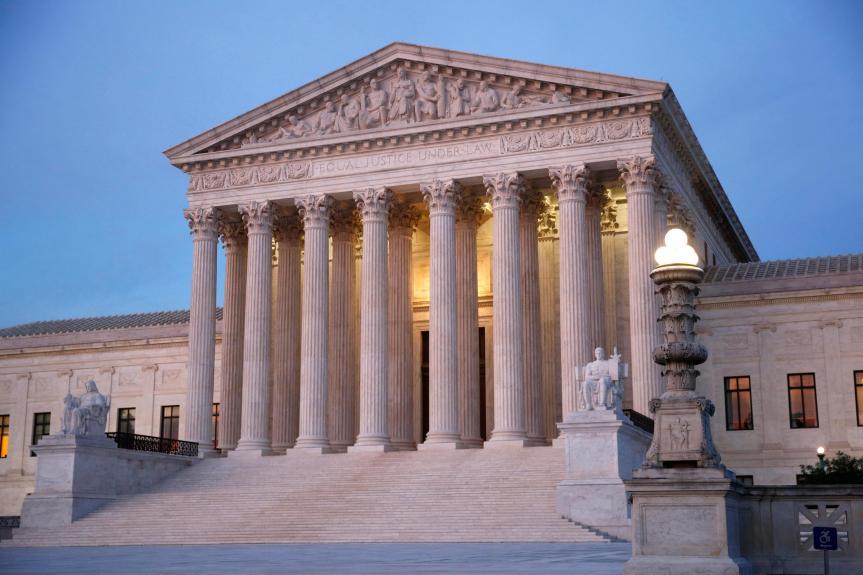 Curtea Supremă nu ignoră pandemia COVID, cere doar reguli egale pentru serviciile religioase