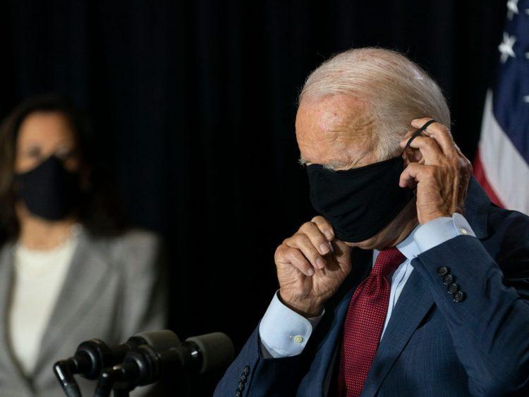 Președintele Biden: Este posibil să purtăm mască până în 2022