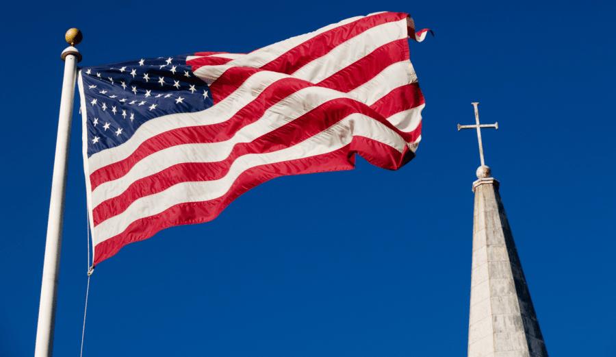 """Nu mai etichetați creștinii drept """"naționaliști creștini"""" doar pentru că prețuiesc credința și libertatea"""