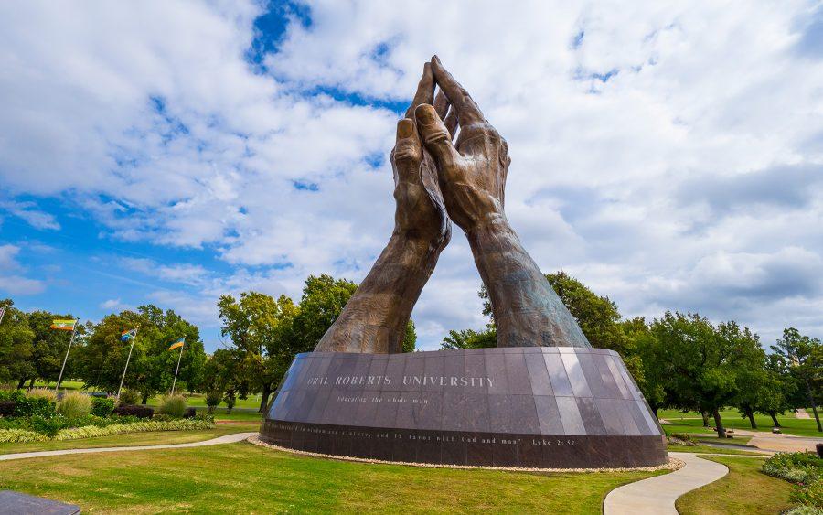 """USA Today dorește interzicerea universității creștine Oral Roberts, deoarece valorile creștine sunt """"arhaice"""""""