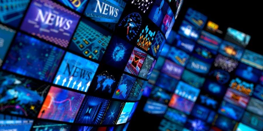 Mass-media corporativă și corporațiile de stânga nu trăiesc în realitate