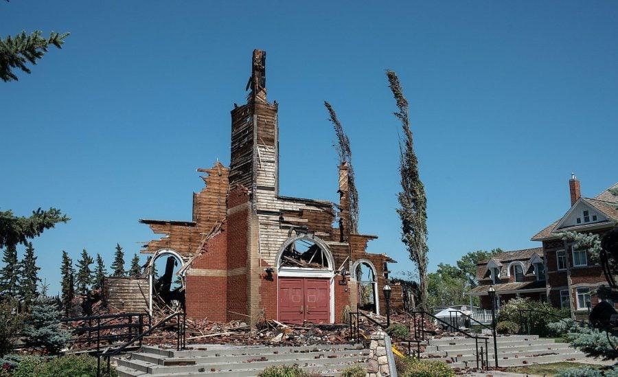 Dacă am urmări doar media socialistă, nu am ști niciodată că bisericile din Canada sunt incendiate
