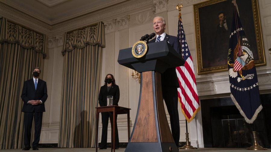 Opinie Mike Huckabee: Biden este lăudat pentru că ignoră Constituția