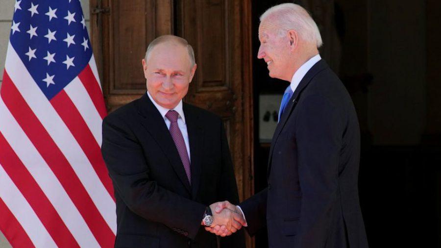 Biden tocmai i-a oferit lui Putin un cadou de miliarde de dolari și o influență strategică fără precedent