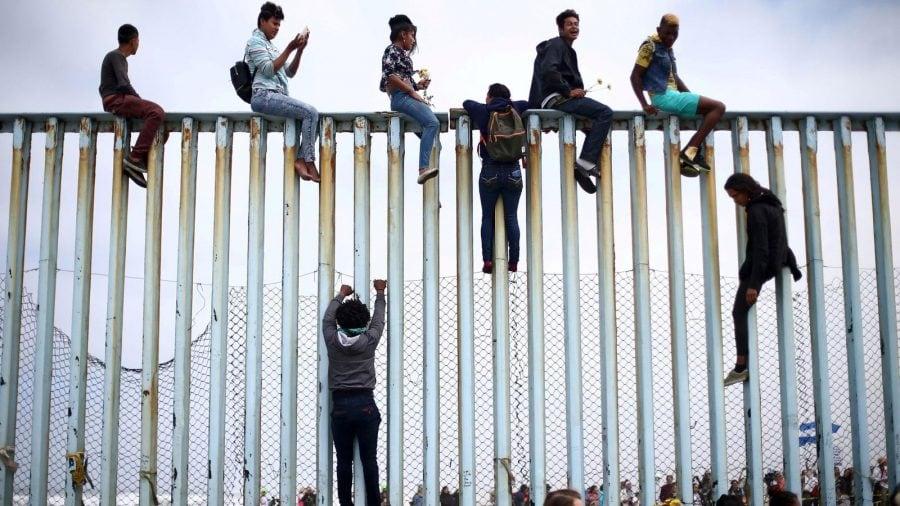 Biden anunță un plan care permite imigranților să obțină azil ocolind instanțele