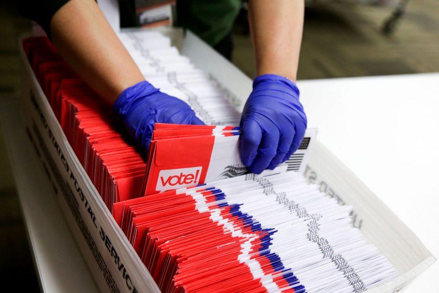 """Raport: Aproape 15 milioane de buletine de vot trimise prin corespondență în 2020 au """"statut incert"""""""