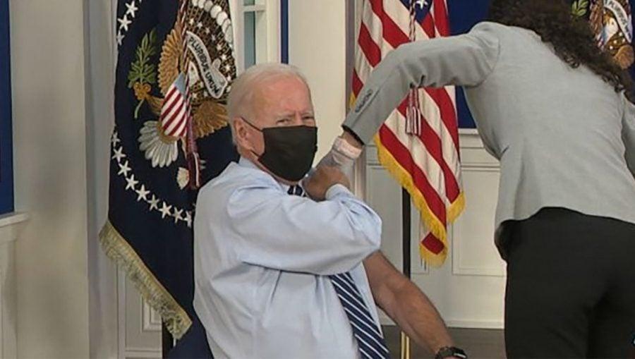 SATIRĂ – Biden: Vom reveni la normal atunci când 3.5 trilioane de americani vor fi vaccinați