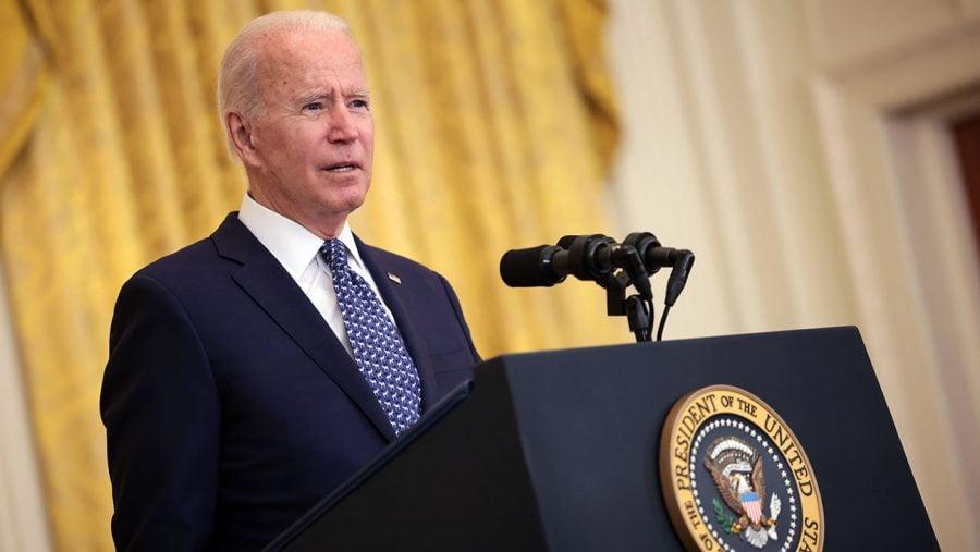 ADF: Vom contesta mandatul președintelui Biden de vaccinare obligatorie în companiile private