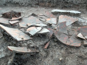 Detall de les 3 àmfores ibèriques esclafades en el recinte documentat del segle III aC, les quals seran analitzades per confirmar si el seu contingut era vi