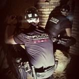 Foto 4: Membre de la Unitat de Subsòl dels Mossos d'Esquadra inspeccionant un refugi. Foto: Unitat de Subsòl dels Mossos d'Esquadra.