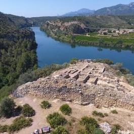 Vista aèria del Jaciment de la Roca Roja (Benifallet, Baix Ebre)