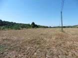 1: Vista general dels camps de conreu on s'ubica el jaciment