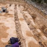 5. Treballs d'excavació a les fosses del Cementiri Vell (Soleràs). Fotografia: Iltirta Arqueologia
