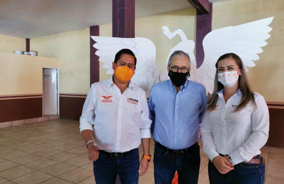Apoya Enrique Ibarra a Marcela Padilla y candidatos naranjas