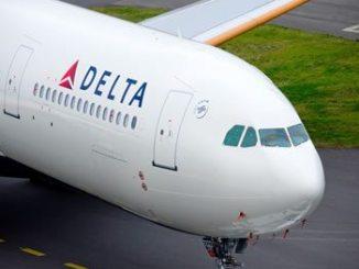 delta-airline-plane